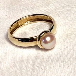 🌺Vintage 10K Gold and Pearl Ring
